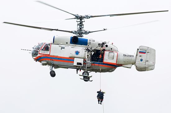 С Эльбруса эвакуируют туриста, сломавшего ногу